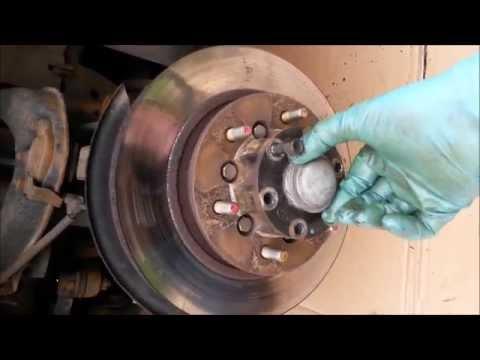 Hyundai Terracan 2,9 CRDI - Замена тормозного диска