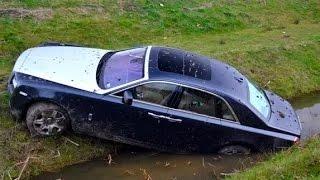 getlinkyoutube.com-Choques de Autos - Accidentes de Transito - Rusos al Volante #4