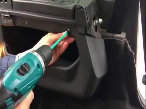 Установка органайзеров, карманов в боковые ниши и на заднюю дверь в багажник Шевроле Нивы