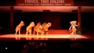 getlinkyoutube.com-JANGGANONG dalam PARADE TARI DAERAH 2008