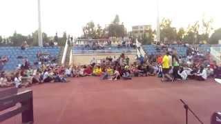 getlinkyoutube.com-رقص طلبه الجامعه اللبنانيه علي اغنيه بشره خــير لحسين الجسمــي