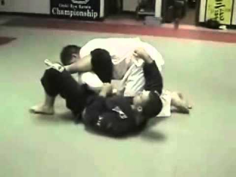 Omaplata Submission - Brazilian Jiu Jitsu Technique