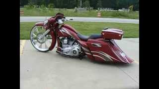 getlinkyoutube.com-Custom Cycles LTD 30 inch Big Wheel Bagger Harley Davidson street glide road king