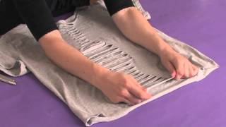 getlinkyoutube.com-How to Cut Shirts Like Ed Hardy : Shirt Modifications