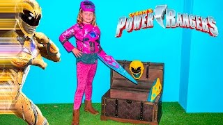 SABAN POWER RANGERS Assistant Morphs into Pink and Yellow Rangers Toys Unboxing