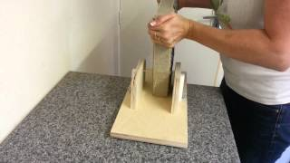 getlinkyoutube.com-Cutting soap with the Bud cutter soap log splitter