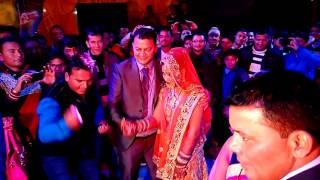 getlinkyoutube.com-Married couple dance in dj