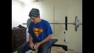 getlinkyoutube.com-130 pound 15 year old pumps out 170 in bench