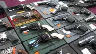 getlinkyoutube.com-Trader Jerry's Guns at The Nation's Gun Show, Chantilly, VA