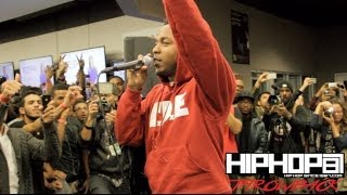 "getlinkyoutube.com-Kendrick Lamar Performs ""Backseat Freestyle"" Best Buy (Throwback Video)"
