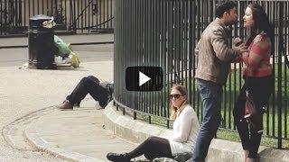 getlinkyoutube.com-Una Pareja De Novios Pelea, Lo Que Pasa Al Final No Lo Vas A Creer...