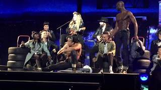 Madonna - True Blue (live in London - Rebel Heart Tour)
