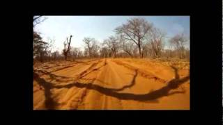 getlinkyoutube.com-Toyota Hilux 4x4 in Moremi (Botswana)