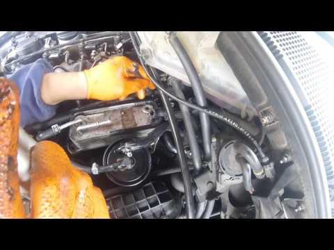 Как снять топливную рампу мерседес ml 270 cdi