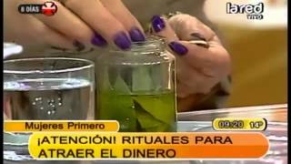 getlinkyoutube.com-Ritual para mejorar el negocio: Aceite de oliva, laurel, monedas, sal y vela amarilla