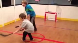 getlinkyoutube.com-Hockey Mini Stick Basement Arena