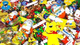 getlinkyoutube.com-Много Новогодних Конфет,Сладостей и Киндер Сюрпризы.Распаковка Подарочных Наборов a lot of candy