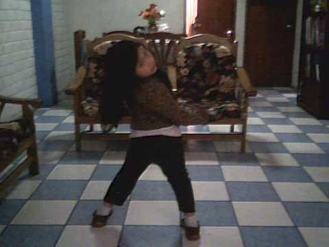 la enana bailando - segunda parte