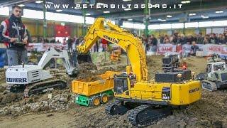 getlinkyoutube.com-Excavator Hydraulic Komatsu PC800 RC 1:14 ModelGame Bologna