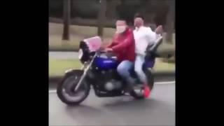 getlinkyoutube.com-【爆笑】アホDQN 単車で自爆!その瞬間【実録】