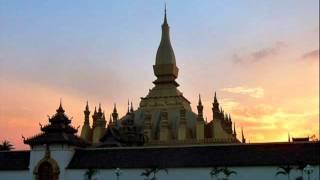 getlinkyoutube.com-คนไทยด่าคนลาวฟังเพลงนี้พี่น้องกัน