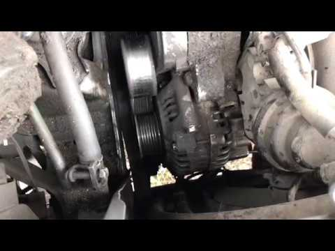 Как быстро снять генератор Honda Stepwgn LA-RF K20 How to quickly remove the generator alternator