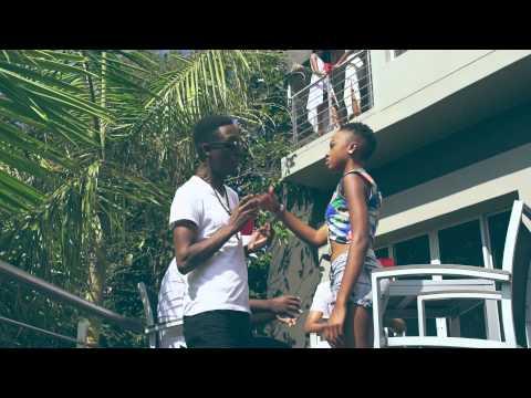 DJ Target no Ndile | Umthwalo Wami (Video)