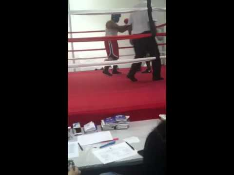 montez brown 1st amatuer fight pt2