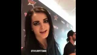 getlinkyoutube.com-Paige and Seth Rollins transmission @ Toys 'R' Us (20/08/15)