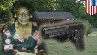 Cop shoots old lady: 93-year-old woman with gun shot and killed