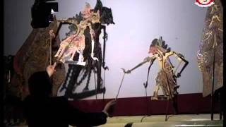getlinkyoutube.com-Wayang Kulit Ki Sukron Suwondo Syech Subakir part 4 of 6