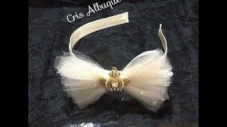getlinkyoutube.com-Laço e flor de tule - Passo a passo com Cris Albuque