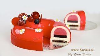 getlinkyoutube.com-Tarta de chocolate blanco con frambuesa, arándanos, y glaseado espejo
