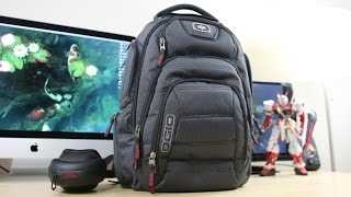 getlinkyoutube.com-What's in My Gadget Backpack 3.0!