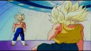 getlinkyoutube.com-Vegeta Surprised! Trunks, A Super Saiyan!?
