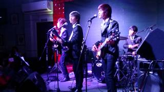 getlinkyoutube.com-REO Brothers - BECAUSE/HURTING INSIDE - The Dave Clark Five Medley Cover