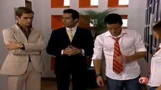 getlinkyoutube.com-Miguel se hace pasar por novio de Mia