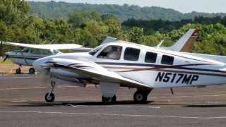getlinkyoutube.com-Beechcraft Baron 58 Departs Robertson Field