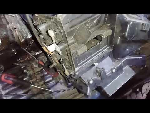 Коротко и наглядно о том, почему на Terrano 2 до 2000 года печка дует холодным через центральный вв