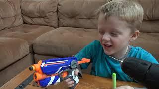 getlinkyoutube.com-Nerf Guns Vs  Wild Lizard! Crazy Lizard Toy Runs Wild and the Boys take Action with Nerf Guns!