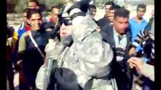 getlinkyoutube.com-جنود امريكان يرقصون في عرس عراقي