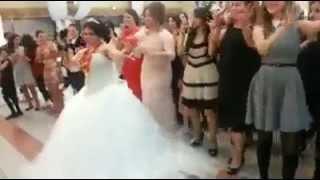 getlinkyoutube.com-mariage de Turquie et la danse