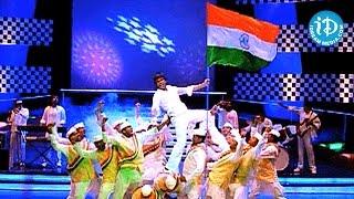 getlinkyoutube.com-Deshamante Song - Jhummandi Naadam Movie Songs - Manoj Manchu - Tapsee - Mohan Babu