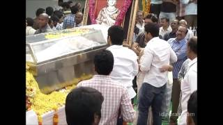 getlinkyoutube.com-Venkatesh, Mahesh Babu, Pawan Kalyan, NTR pay homage to ANR - idlebrain.com