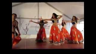 getlinkyoutube.com-Bollywood Dance performance by the Mona Khan Company1