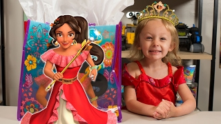getlinkyoutube.com-HUGE Elena of Avalor Surprise Present Blind Bags Disney Princess Toys for Girls Kinder Playtime