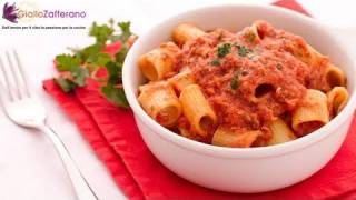 getlinkyoutube.com-Pasta with tuna sauce - quick Italian recipe