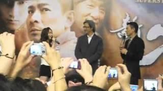 getlinkyoutube.com-Andy Lau @ Plaza Singapura for Shaolin (Part 2/2)