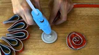 Maya Road Zipper Trim Brooch Tutorial