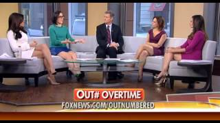 getlinkyoutube.com-Andrea Tantaros & Joanne Nosuchinsky & Julie Roginsky & Lisa 'Kennedy' Montgomery hot legs 02/16/15